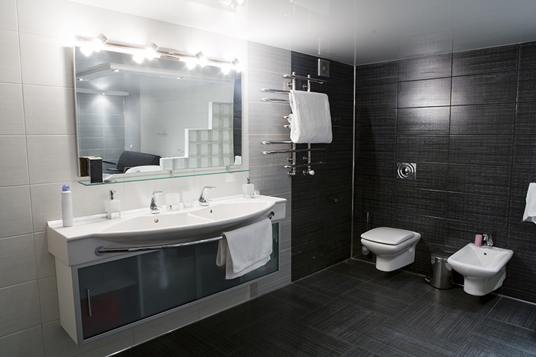 Badkamer voorbeelden zwart wit - 22 badkamer foto\'s