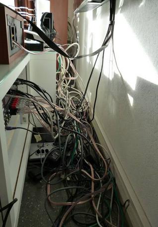 kabels wegwerken niet gelukt