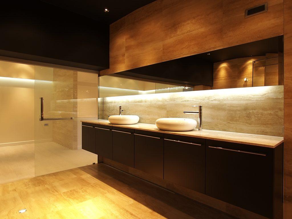 Ontspannen in badkamer tover je badkamer om in een for 3d inrichten