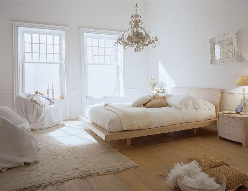 Light bedroom