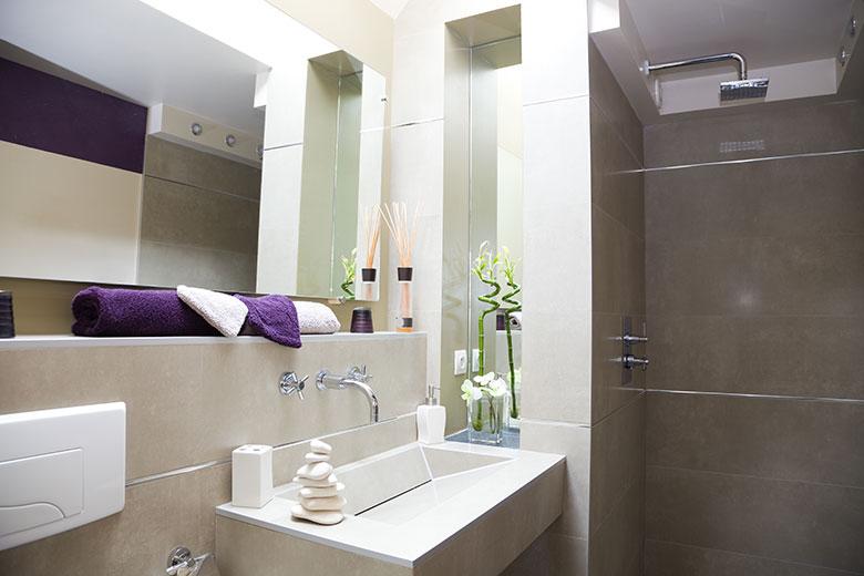 voorbeelden-badkamer-kleine-ruimte